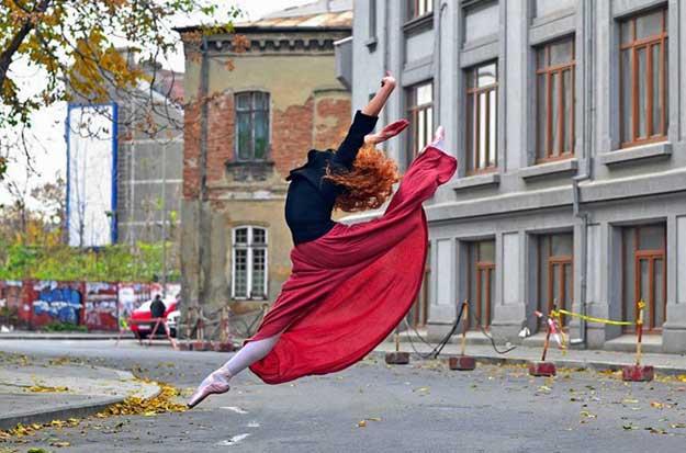 Dancing Bucharest - Diana Tóth Ferencz