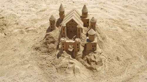 Castelul de nisip al unui vis