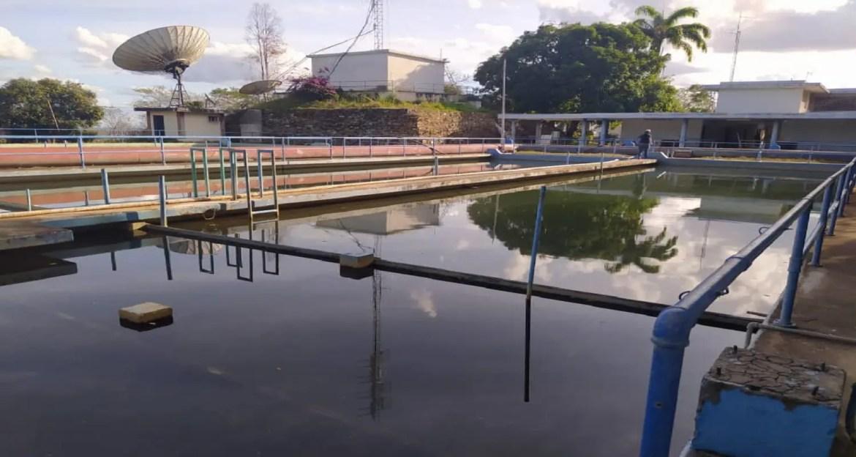 Fugas afectan suministro de agua en Camoruco