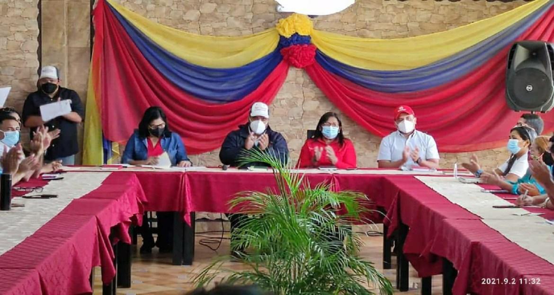 Pedro Solórzano llamó a construir la unidad