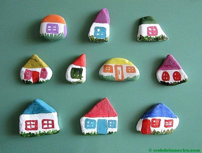 Pintar piedras-casitas