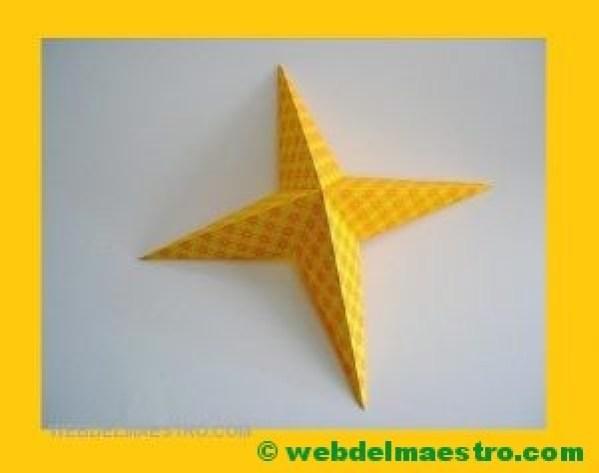 estrella de cuatro puntas.