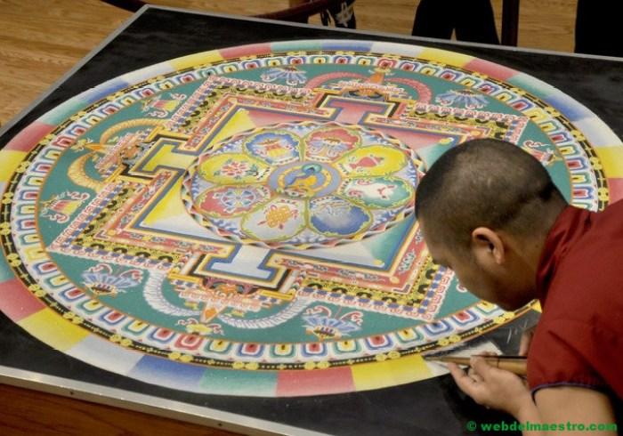 mandala budista de arena