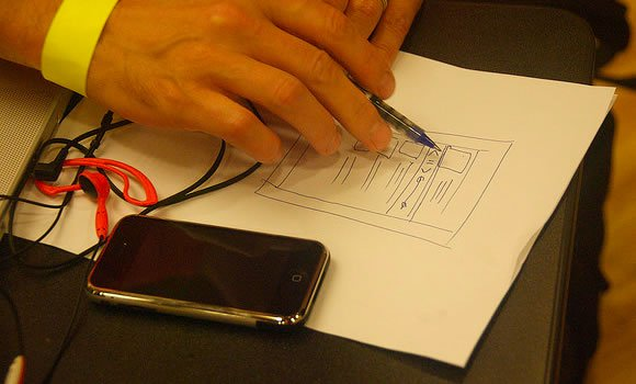 Sketching iPhone iOS App interface design - featured image