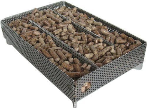 A-MAZE-N Amazen Pellet Smoker with Pitmasters Choice Pellets, 5″ L x 8″ W