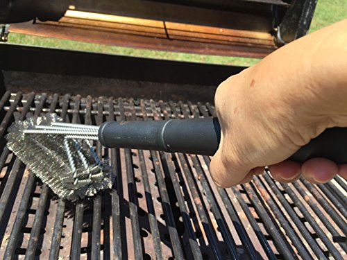 Enso Grill Master Grill Brush Heavy Duty 18″ Premium Stainless Steel Strong Bristle Wire Brush 3 in 1 Durable BBQ Grill Brush Great Gift Ideas for Men Best Grilling Accessories