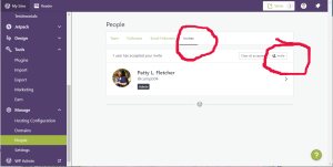 "The WordPress ""People"" page with the ""Invites"" tab and the ""Invite"" button circled in red."