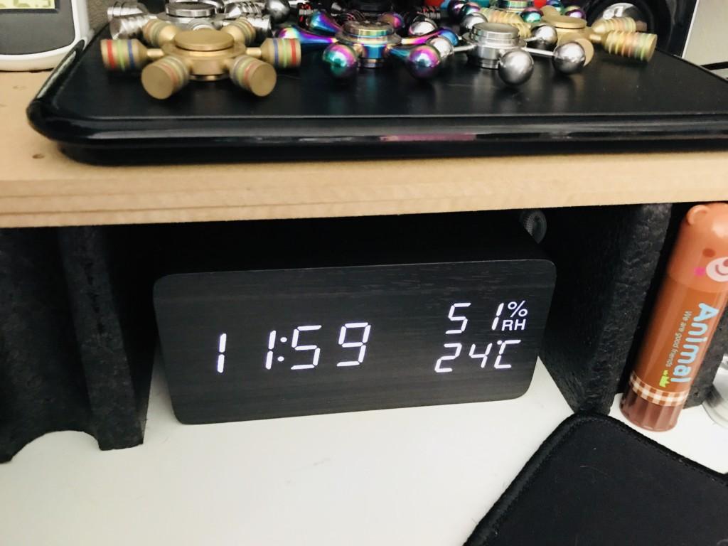 SOFELのデジタル置き時計、置き場所はココ!