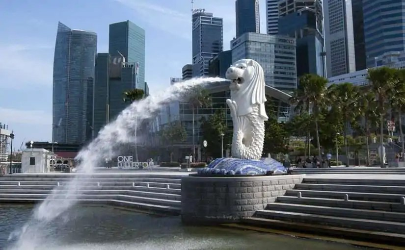 Merlion at the Singapore river