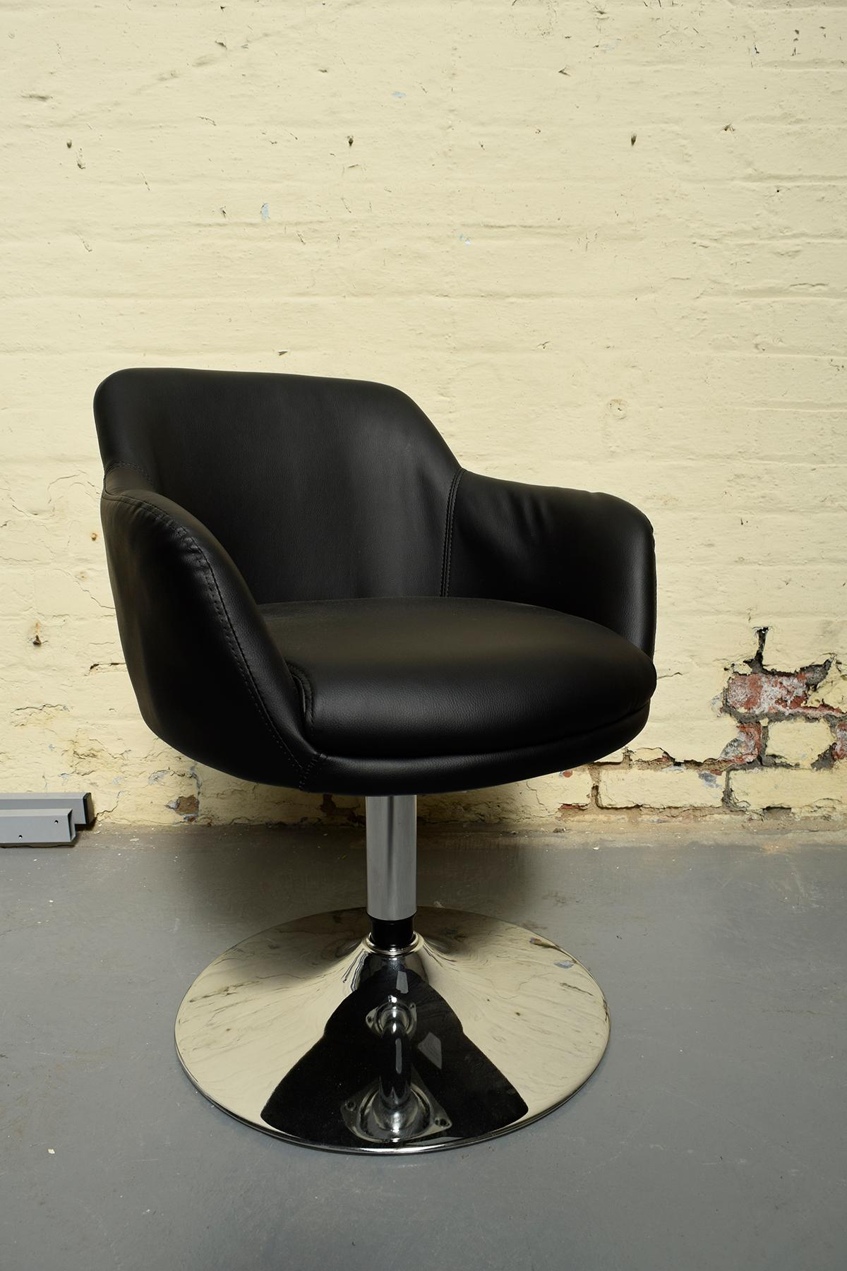Black Faux Leather Swivel Chair Bucket Seat In M12 Manchester For 60 00 For Sale Shpock