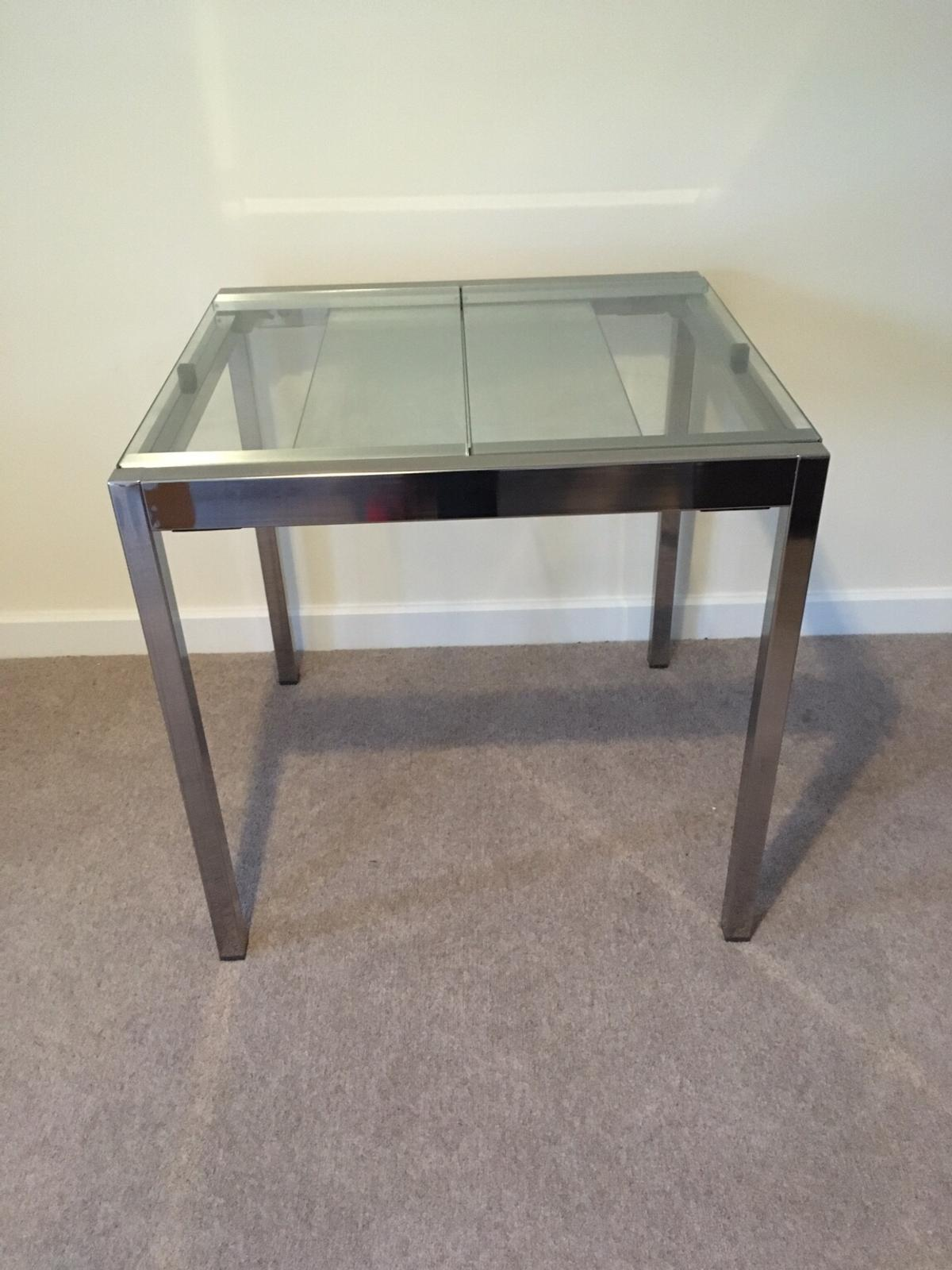 Ikea Extendable Glass Dining Table In Rh20 Horsham For 50 00 For Sale Shpock