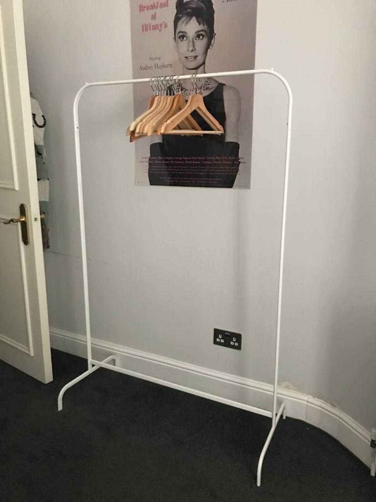 mulig clothes rack for pick up only