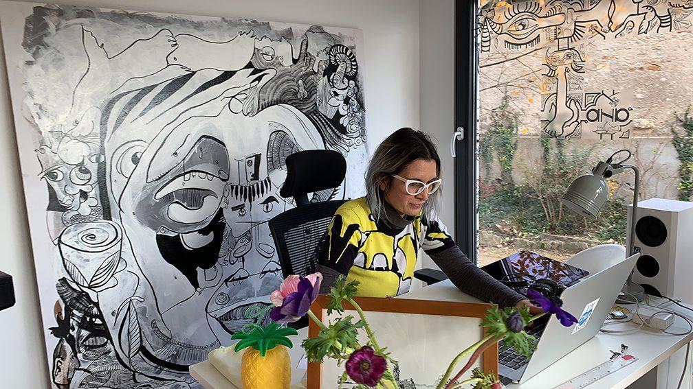 aNa Fernandes Artiste Digitale Fresque Virtuelle à distance art social en télétravail en séminaire online télétravail sur webinaire.games