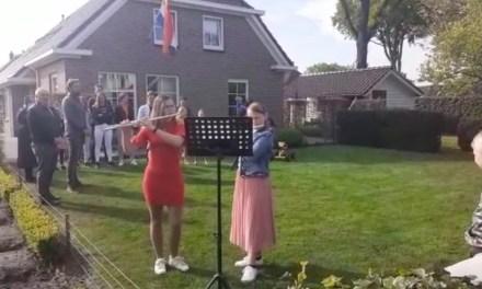 Buren Geerligsweg zingen Wilhelmus
