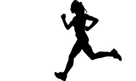 Rianne Niewold neemt clubrecord op de 3000 meter over