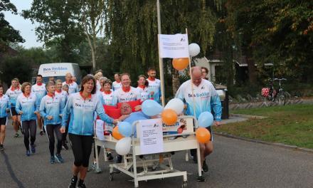 Bos Bedden Loopgroep AG '85 bedankt sponsor met ludieke actie