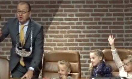 13 sollicitanten willen burgemeester van Staphorst worden, krijgt Staphorst een vrouw aan het roer?