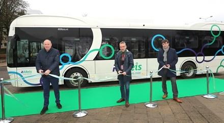 Betrouwbaar, innovatief en verbindend openbaar vervoer in IJssel-Vecht: RRReis is gestart!