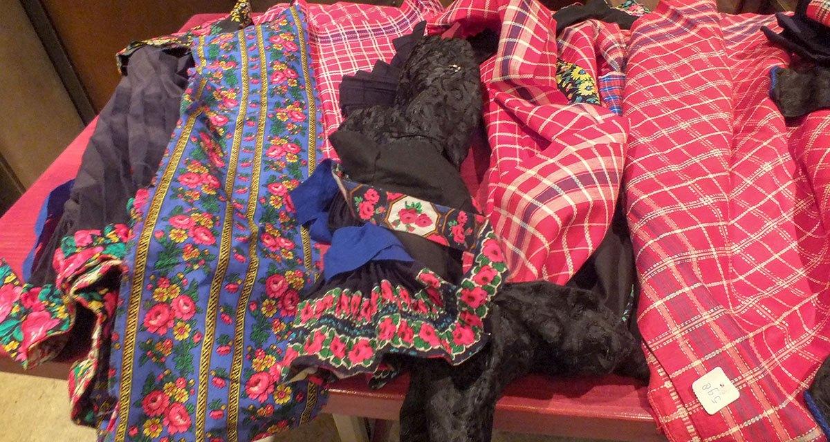 Zaterdag Staphorster vrouwenkleding verkoop bij familie Balder