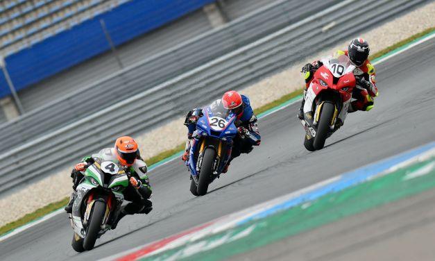 Sensationele afsluiter van het seizoen en motorsportcarrière voor Nieman