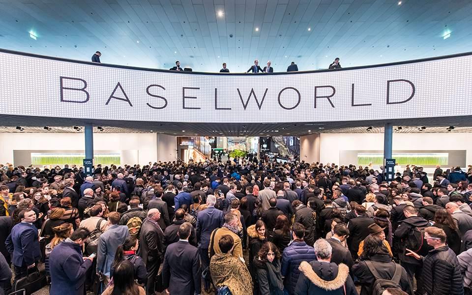 Αναβάλλεται και η Baselworld 2020 | hours
