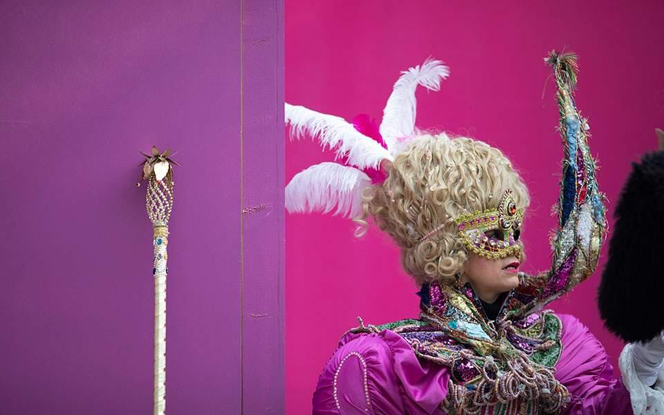 Εσπευσμένο τέλος στο καρναβάλι της Βενετίας λόγω κορωνοϊoύ   Κόσμος