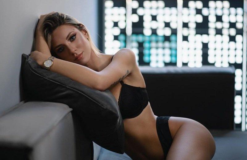 Οι προκλητικές πόζες της πρώην παίκτριας του Next To Model – News.gr