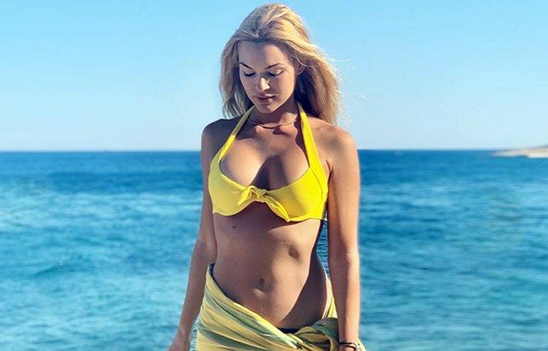 Το απόλυτο θηλυκό Βίκυ Κάβουρα στα καλύτερα της – News.gr