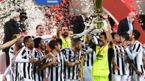 Ювентус спечели Купата на Италия, след като победи Аталанта с 2: 1