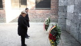 Merkel for the first time in Auschwitz: Nazi crimes are part of Germany's identity