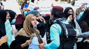 Стотици хора протестираха в Кабул срещу нахлуването на Пакистан в Афганистан