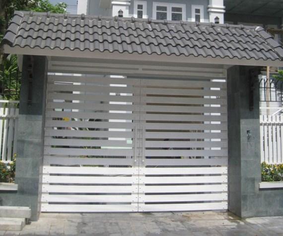 cua-cong-sat-tai-gia-lai