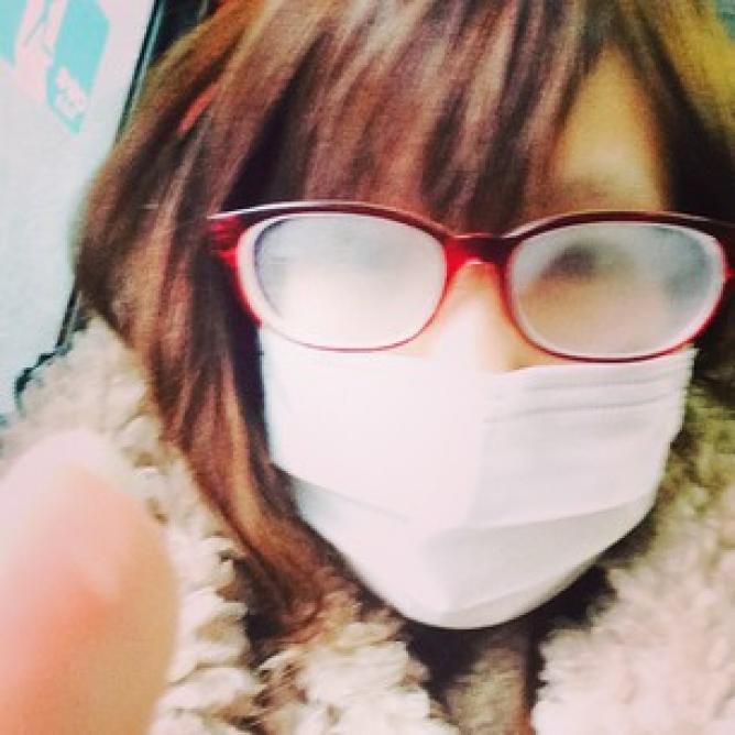 これで大丈夫!マスクをつけてもメガネが曇らない方法 | WEBOO[ウィーブー] 暮らしをつくる