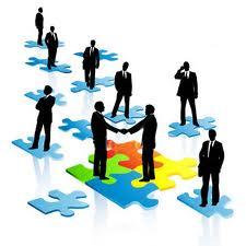 Se deben explorar todas las  posibles soluciones y luego debatir su conveniencia