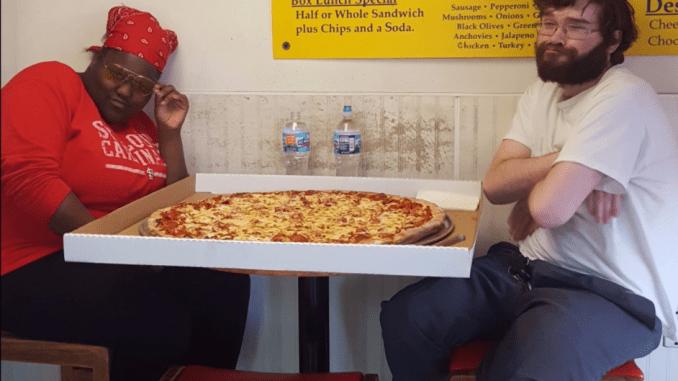 St Louis Tag Team Battles The 11 Pound Pointersaurus Pizza