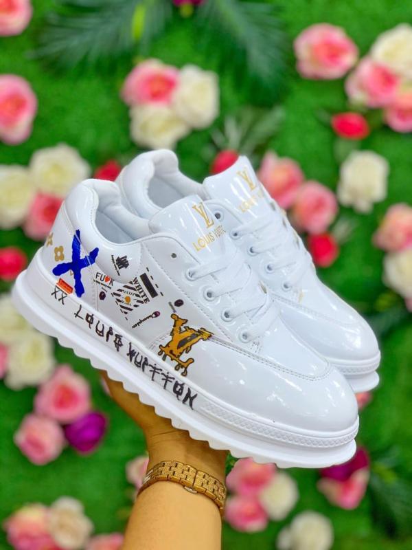 Louis Vuitton Unisex Sneakers