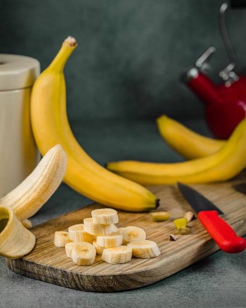 Benefits of banana peel for your skin that you did not know