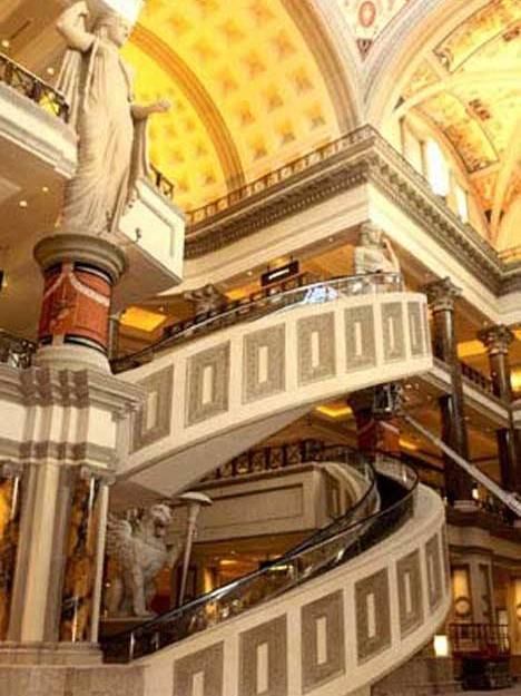 10 Escalators Stairs Most Strange And Unique