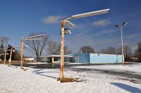 abandoned Old Saybrook Chrysler Plymouth dealership