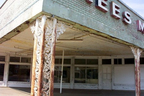 abandoned car dealers 11b