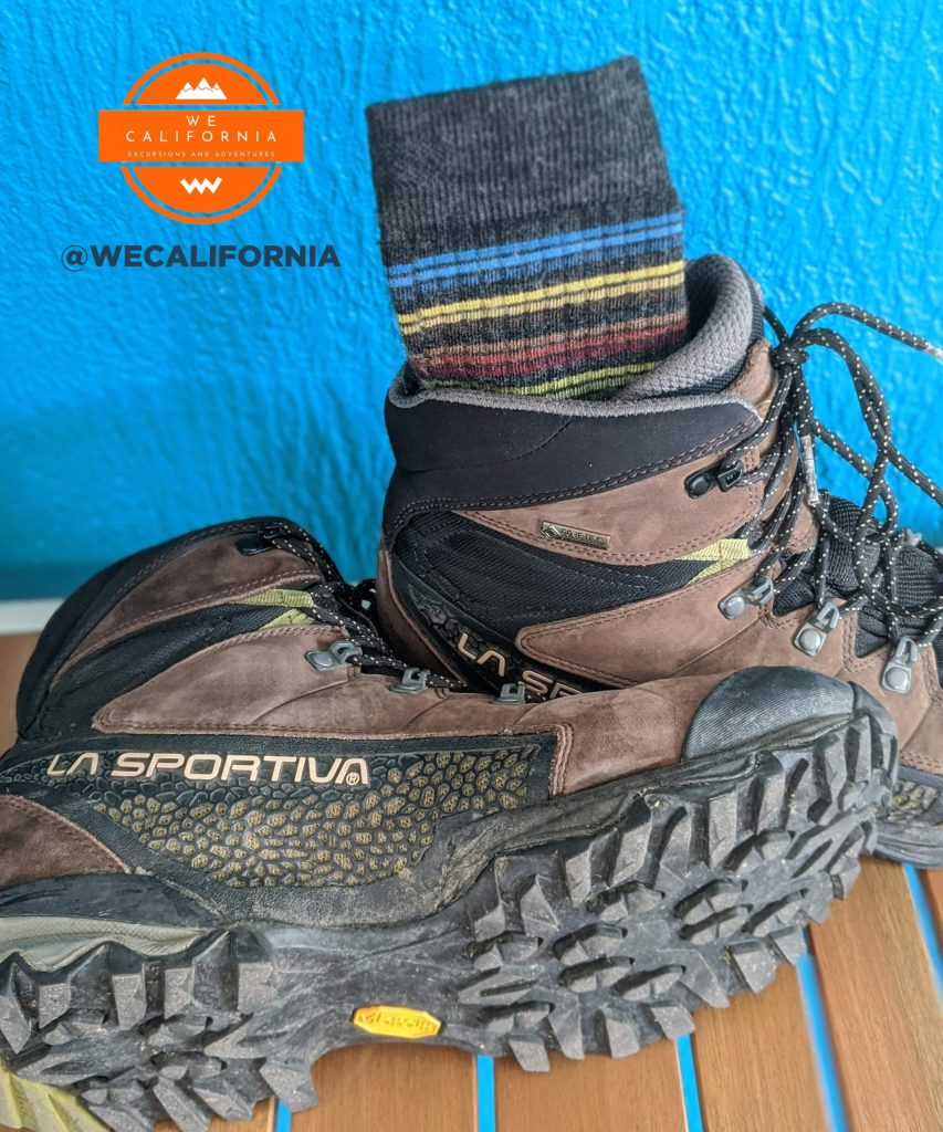 3 Gear Essential Bundles for a Day Hike 4