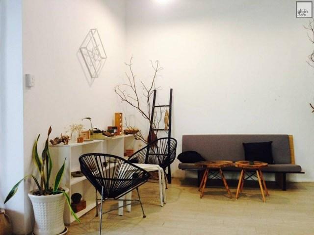 Top 7 quán cafe workshop Sài Gòn cho một ngày mới đầy năng lượng Thiết kế quán Cafe Thiết kế Cafe sân vườn Quán cafe văn phòng Phong cách Vintage Phong cách Tropical Phong cách tối giản Phong cách nhiệt đới Phong cách Industrial Phong cách hiện đại Phong cách công nghiệp