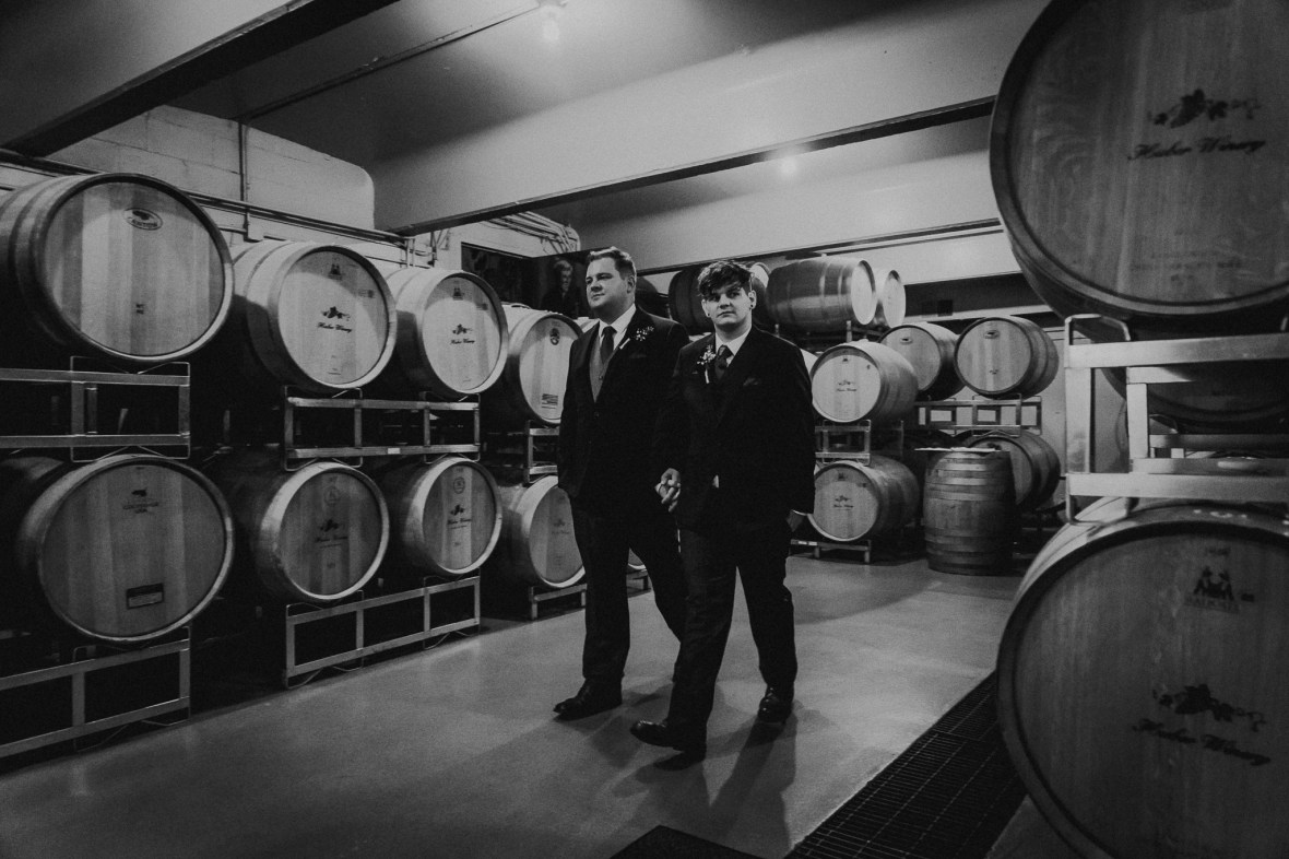 Huber's Orchard and Winery Wedding Photos