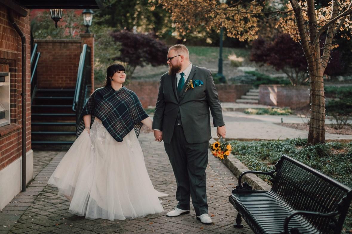 Anchorage Trail Wedding Photos