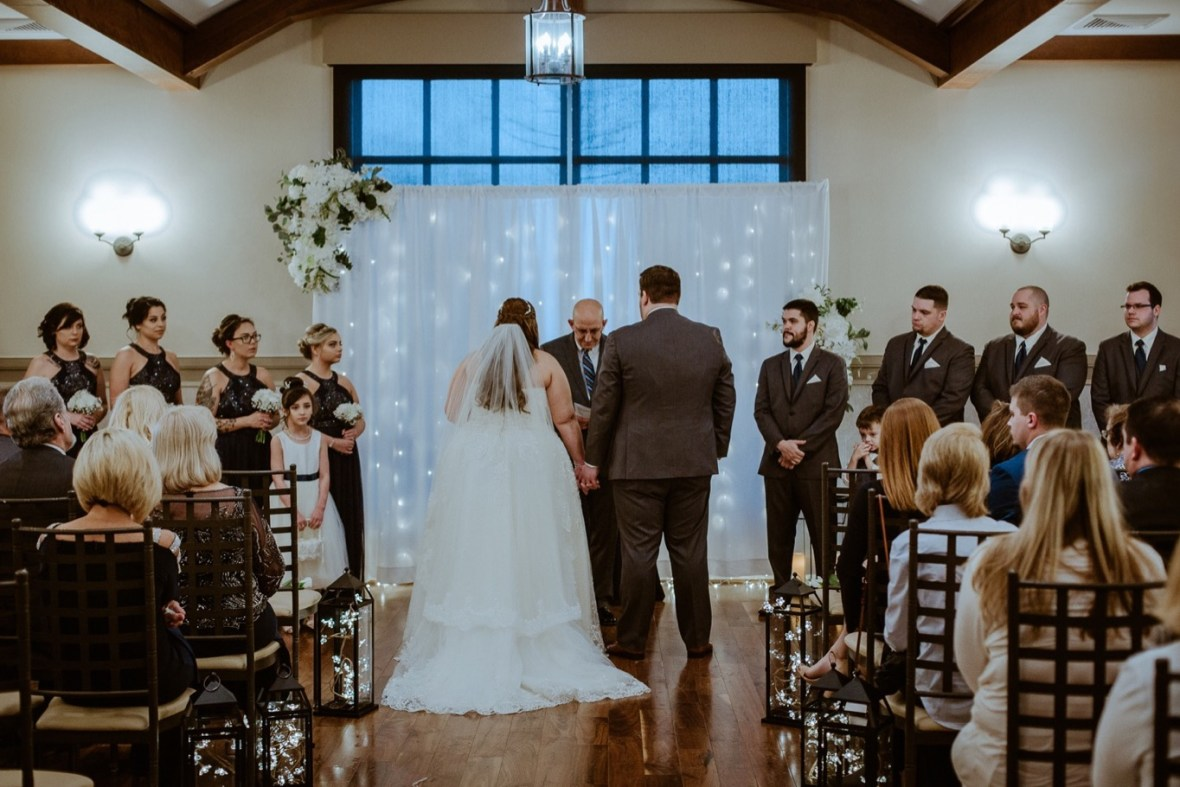 045_WCTM6379ab_Kentucky_Noahs_Louisville_Event_Venue_Wedding