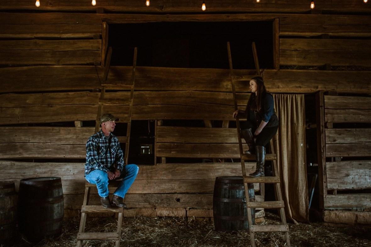 10_WCTM8557ab_Kentucky_Engagement_Blackacre_Louisville_Photos_Farm