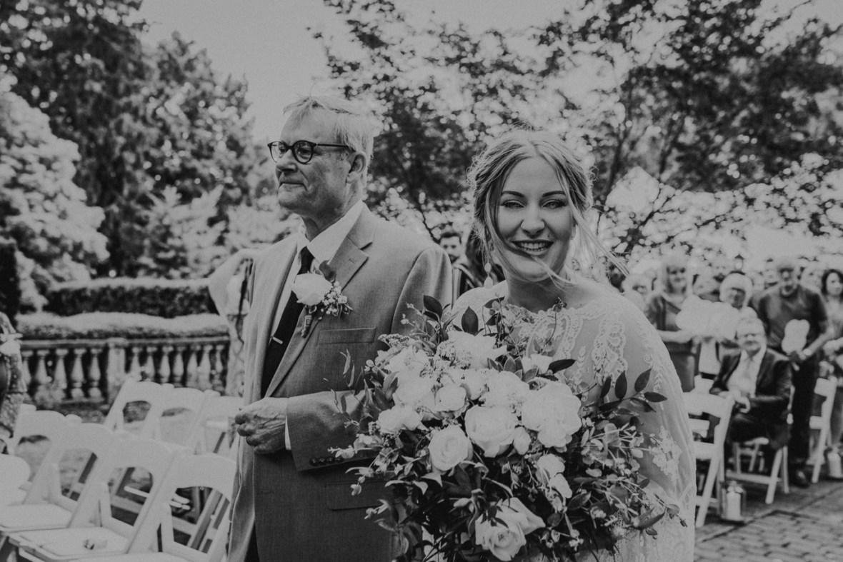 34_WCTM2211abw-2b_Louisville_Summer_Kentucky_Wedding_Gardens_And_Whitehall_Mansion