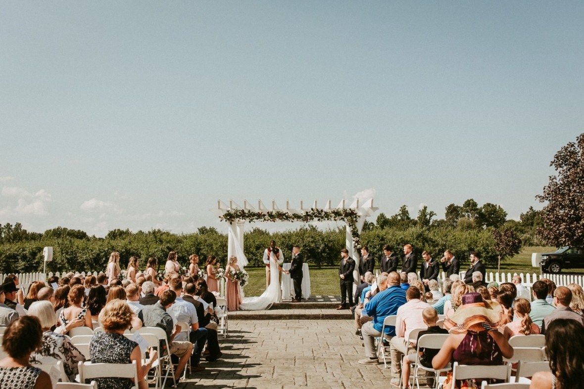 25_WCTM9052ab_Southern_Indiana_Summer_Winery_Wedding_Huber's_orchard_Vineyard
