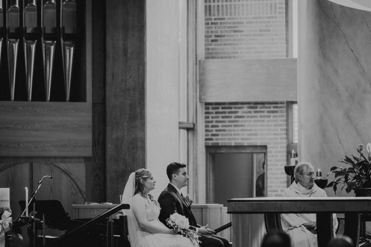 26_WTCM4084abwb_Louisville_Reception_Club_Kentucky_Wedding_Country_Woodhaven