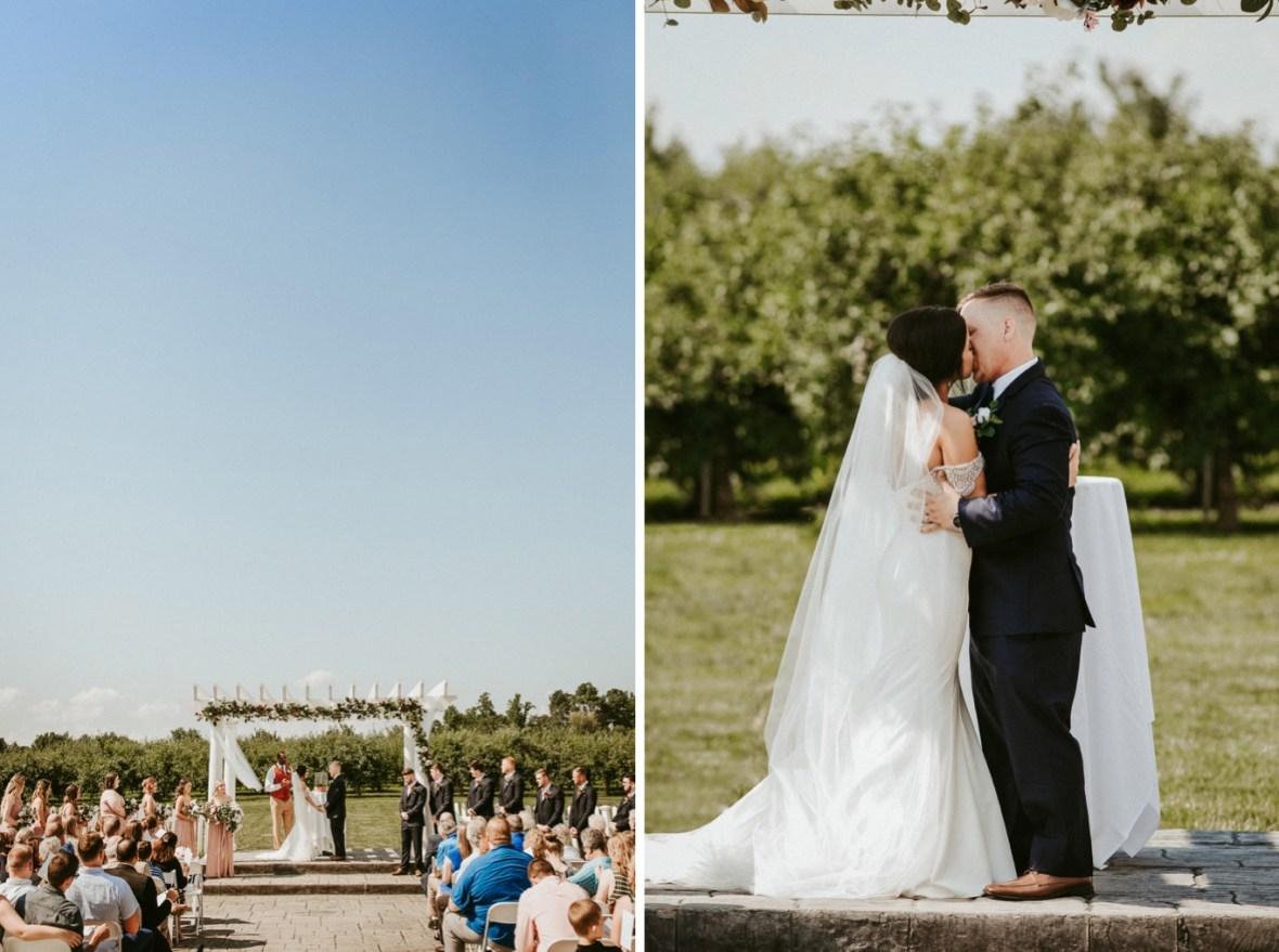 30_WCTM9065ab_WTCM4794ab_Winery_Indiana_Southern_Summer_Wedding_Huber's_orchard_Vineyard